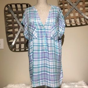 GAP cap sleeve mid button down pastel colors top